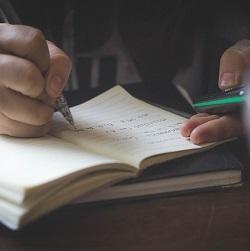 La app Hold Student te ayuda a estudiar. © Pexels